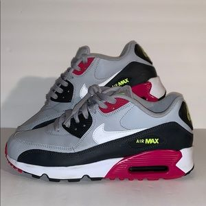 Nike Air Max 90 LTR (GS) Wolf Grey/white / Size 7Y